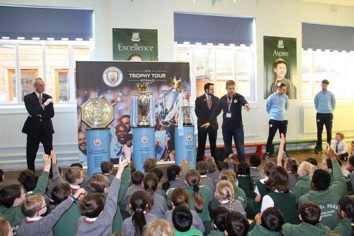 Manchester City Trophy Visit